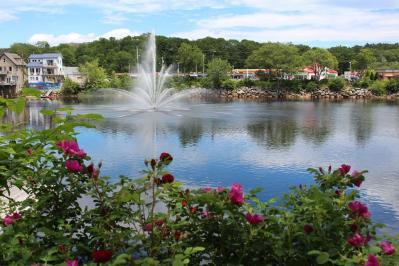 LaHave River fountain, Bridgewater